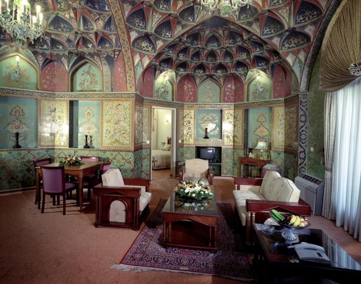 Abbasi Hotel- Safavid Suite