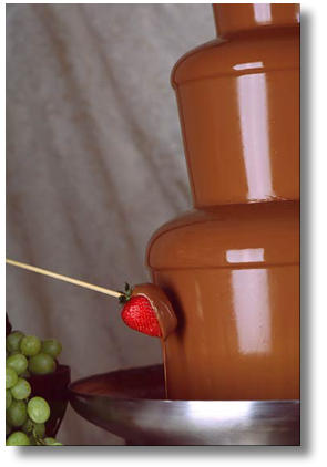 chocolate-fountain-strawberry